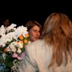"""Μετά την πρεμιέρα της παράστασης """"Ο καλός άνθρωπος του Σετσουάν"""" (17/09/2009) (διακρίνεται η αντιπρόεδρος της ΚΛΑ και αντιπρόεδρος του Ερευνητικού Θεάτρου Θράκης κ. Κυριακούλα Καφετζή)"""