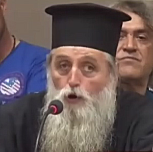Πατέρας Δημήτριος Βασιλειάδης, εκπρόσωπος Μητρόπολης Μαρώνειας-Κομοτηνής (Πηγή: Δέλτα Τηλεόραση)