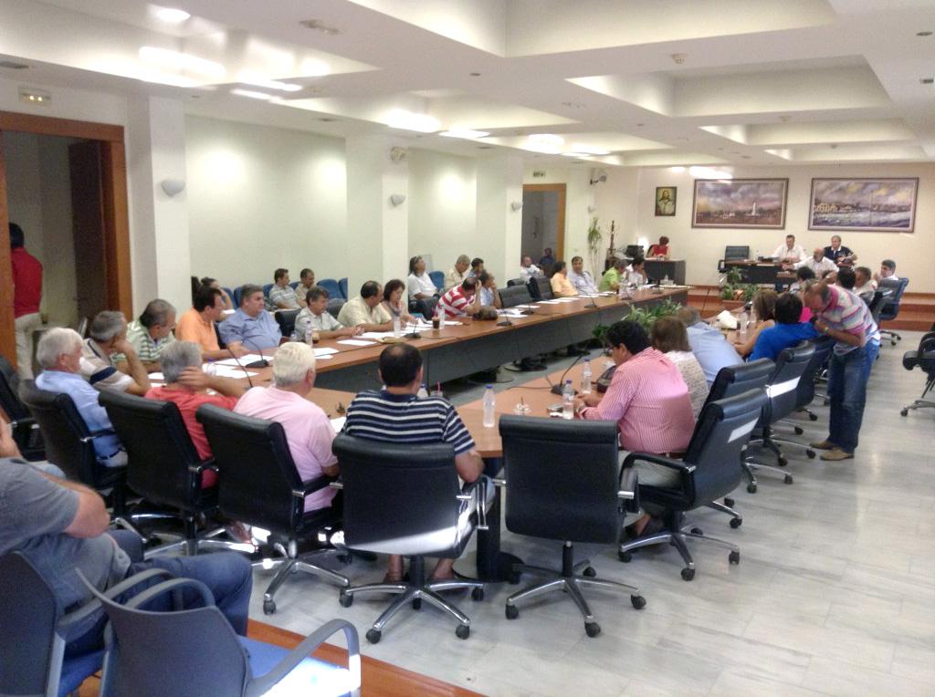 Άποψη της αίθουσας του δημοτικού συμβουλίου την Τετάρτη 24/07/2013