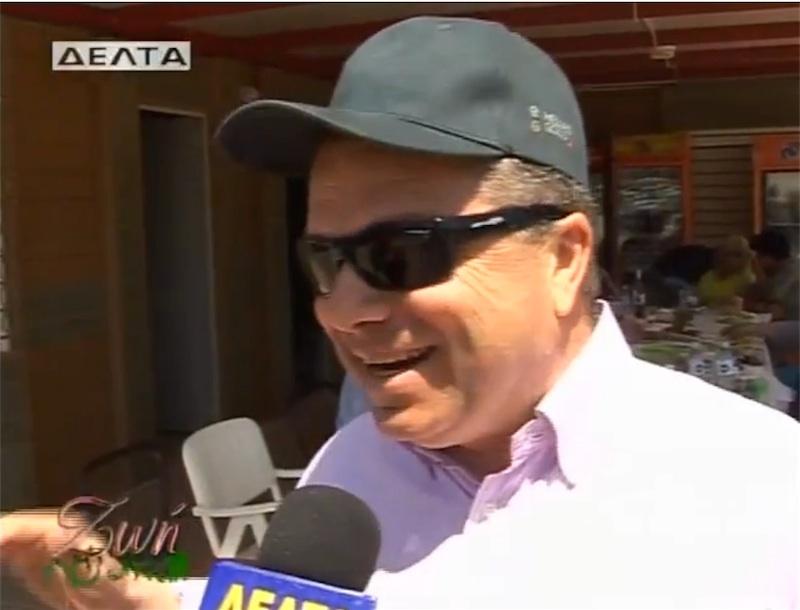 """""""Μες στην καλή χαρά"""" ο κ. Μαρκόπουλος την πρωτομαγιά του 2012 στο λόφο του Περάματος"""