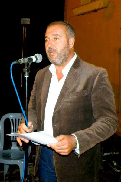 """Ο κ. Γιάννης Σταυρίδης, δήμαρχος Μαρωνείας-Σαπών στην εκδήλωση """"Ζωή Χωρίς Νερό"""" κατά των χρυσωρυχείων (Σάββατο 20/9/2014)"""