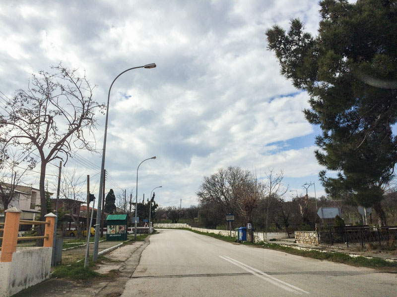 Ο φωτισμός στην είσοδο της Μάκρης (ευθύνης δήμου Αλεξανδρούπολης) δε λειτουργεί