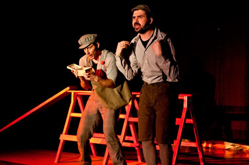 Οι ηθοποιοί Ελευθερίου-Αγγέλου από παλαιότερες παραστάσεις της ομάδας Κοπέρνικος