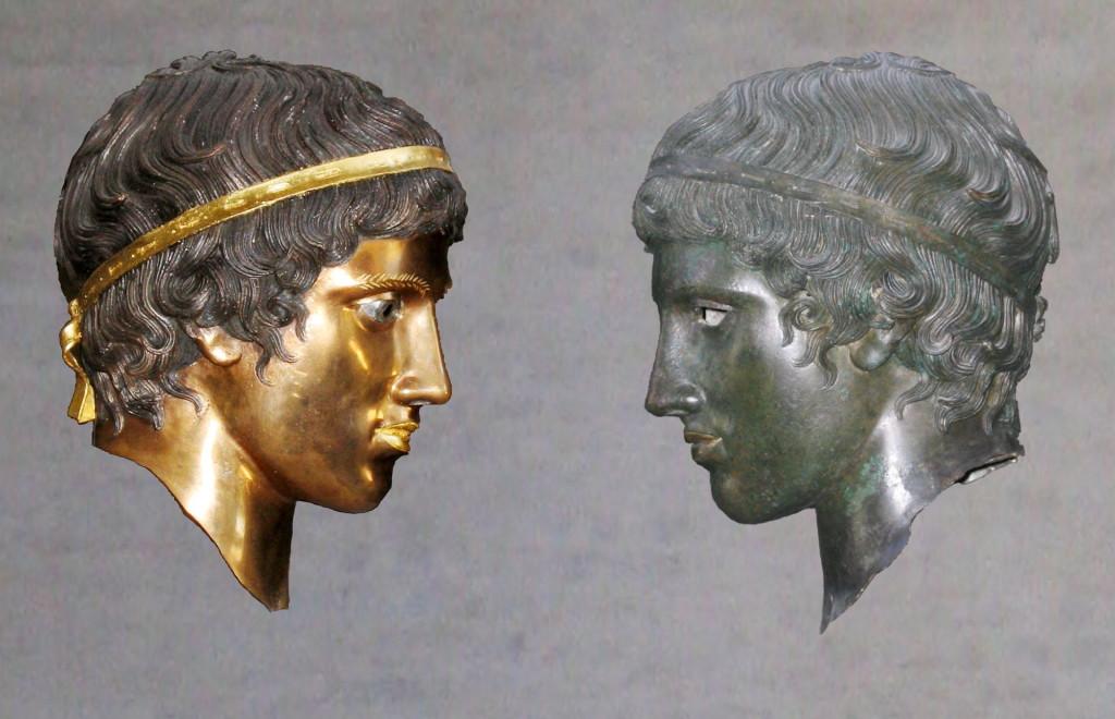 Μπρούντζινη κεφαλή χωρίς πατίνα (αριστερά) και με πατίνα (δεξιά) (από την έκθεση Bunte Götter του 2005 στη Γλυπτοθήκη Μονάχου)