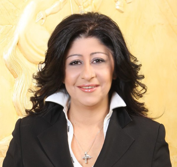 """Ελένη Ιντζεπελίδου, δημοτική σύμβουλος παράταξης """"Πόλη & Πολίτες"""" και μέλος ΔΣ του Επιμελητηρίου Έβρου"""