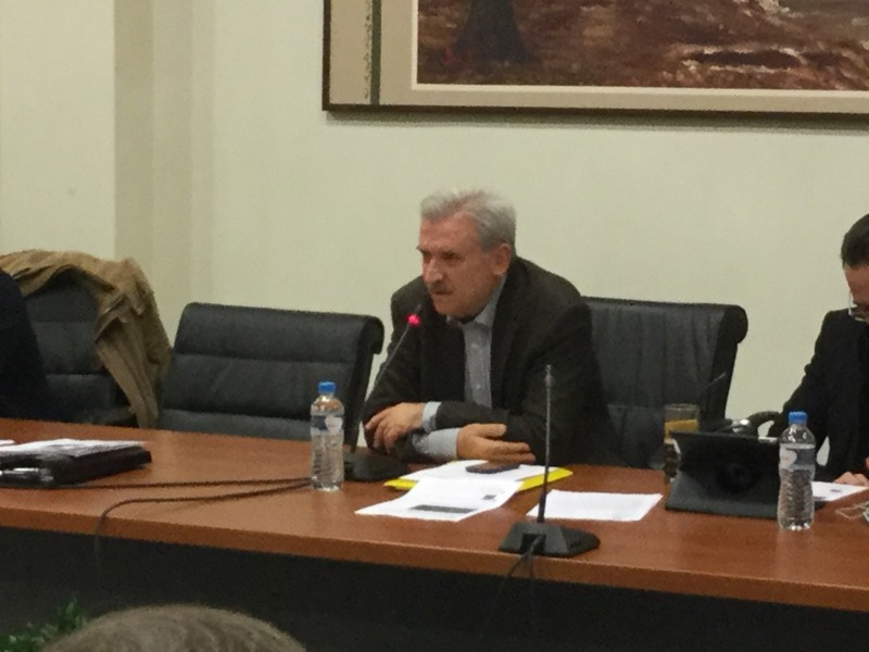 Ο κ. Τριαντάφυλλος Αρβανιτίδης μιλά για το θέμα ΤΙΕΔΑ-Ρακιτζή και την επιστροφή αμοιβών που εισέπραξαν παρανόμως η διοίκηση και τα μέλη του ΔΣ της ΤΙΕΔΑ, στην 30η τακτική συνεδρίαση ΔΣ δήμου Αλεξανδρούπολης (18/12/2015 18:56)