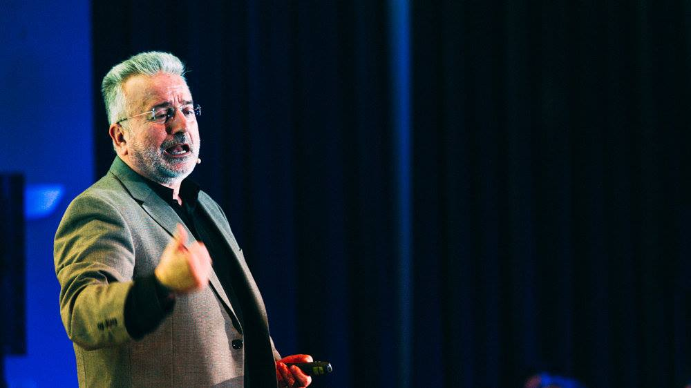 Γιάννης Καλογεράκης (TEDx Alexandroupolis, 13/2/2016)
